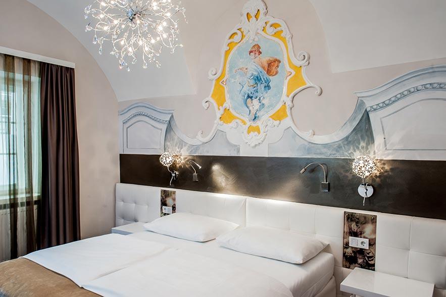 Double room standard hotel am dom design hotel salzburg for Designhotel salzburg